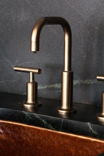♂ modern simple design copper faucet