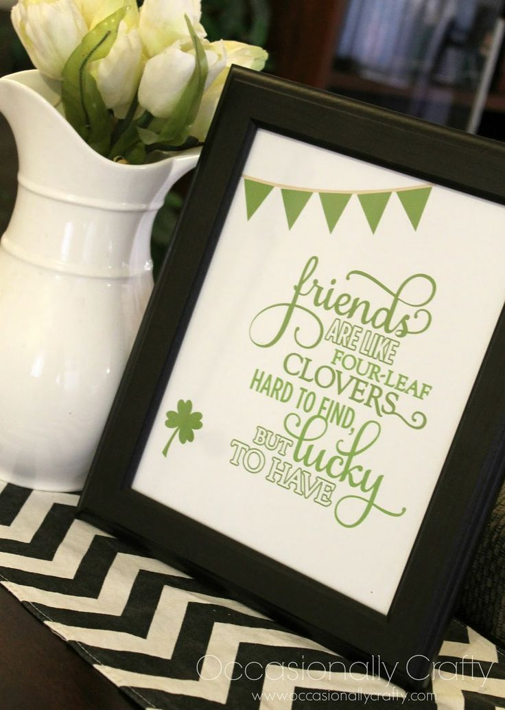 "St. Patrick's Day- themed Best Friends Printable- ""Friends are Hard to find, but Lucky to Have!"" #printable #bestfriends #Stpatricksday"