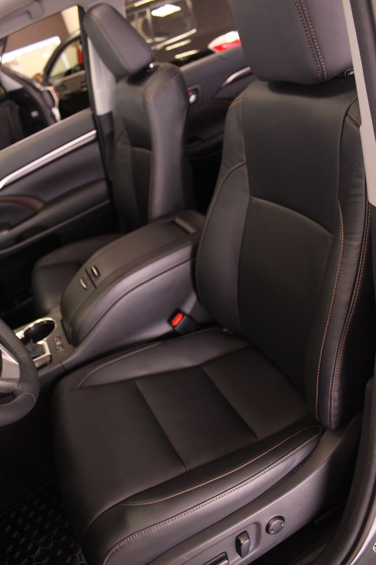 2014 highlander limited interior leather