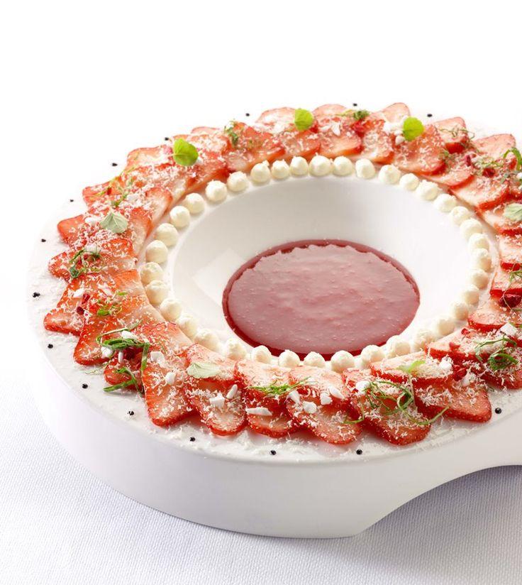 Aardbeiencarpaccio http://njam.tv/recepten/aardbeiencarpaccio