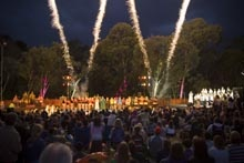 Melbourne's Banyule City Council produces a fantastic range of festivals throughout the year and across the city for the whole community, including Banyule Festival, Malahang Community Festival, Carols by Candlelight, The Boulevard Lights and Winter in Banyule.