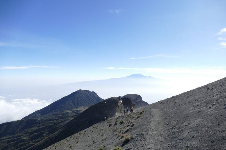 Trekking Mount Meru Towering majestically above the city of Arusha in Tanzania is Mount Meru. Situated east of the Great Rift Valley and about 40 km …