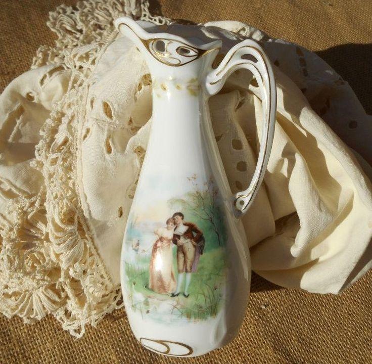 Victorian Stem Vase 1900's Bauer Rosenthal & CO Bavaria Porcelain Racine Pattern Romantic Scene #sophieladydeparis