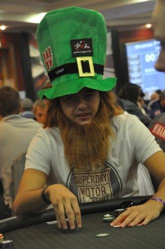 #WPODublin 2012 - Jean-Baptiste « Jaybee » Mathieu, le fameux joueur de Poker à Lyon, a décidé de se déguiser en Leprechaun pour jouer ce WPO.