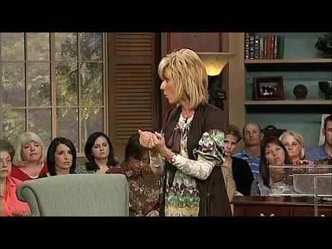 Beth Moore - Hope in the Storms