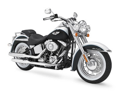HARLEY DAVIDSON SOFTAIL DELUXE http://motorcyclespeciaist.blogspot.com
