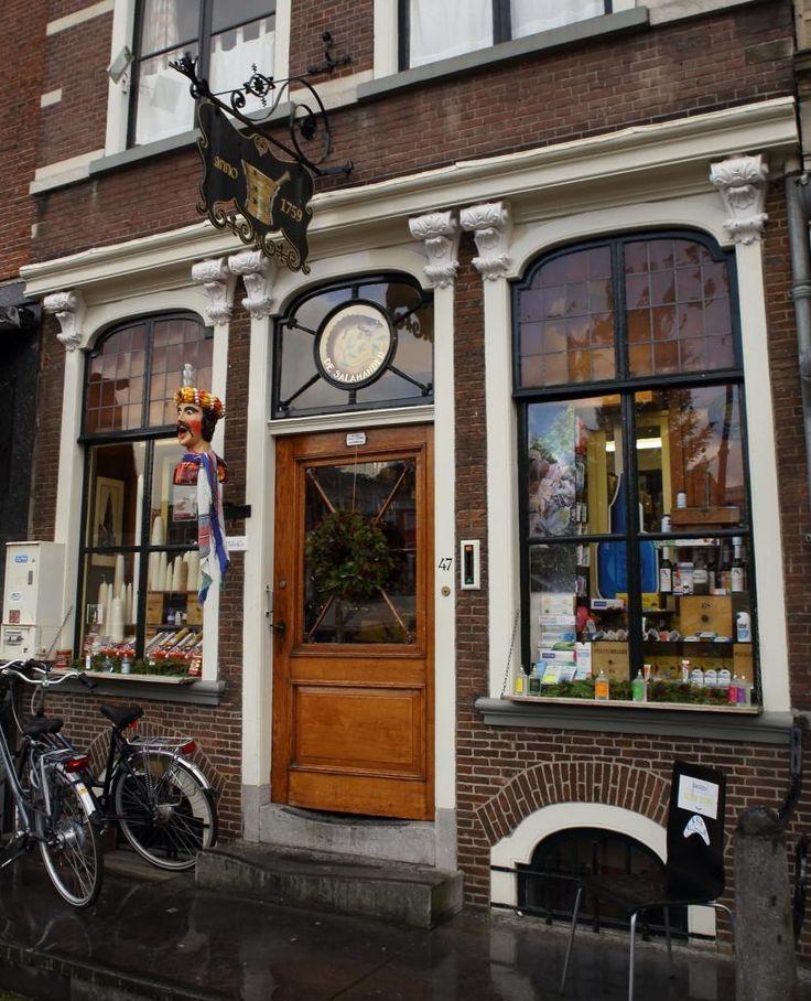 schoonheid & verzorging winkel Drogisterij De Salamander in Delft - foto 1