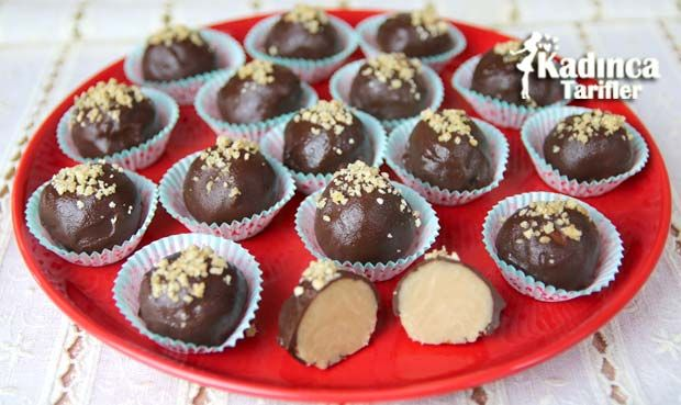 Çikolata Kaplı Un Helvası Tarifi nasıl yapılır? Çikolata Kaplı Un Helvası Tarifi'nin malzemeleri, resimli anlatımı ve yapılışı için tıklayın. Yazar: AyseTuzak