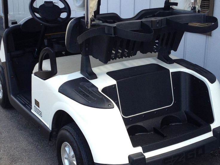 We just received a shipment of these 2010 E-Z-GO RXV electric golf cars with white bodies. These have windshields and brand new batteries for just $3190 and will make a great platform for your next custom golf car project! See more at: http://www.powerequipmentsolutions.com/products-a-services/online-store/used-golf-carts/e-z-go-golf-carts/e-z-go-electric-golf-carts/2010-e-z-go-rxv-electric-golf-cart-with-new-batteries.html  ‪#‎ezgo‬ ‪#‎rxv‬ ‪#‎electric‬ ‪#‎golfcar‬ ‪#‎pes‬ ‪#‎vandalia‬
