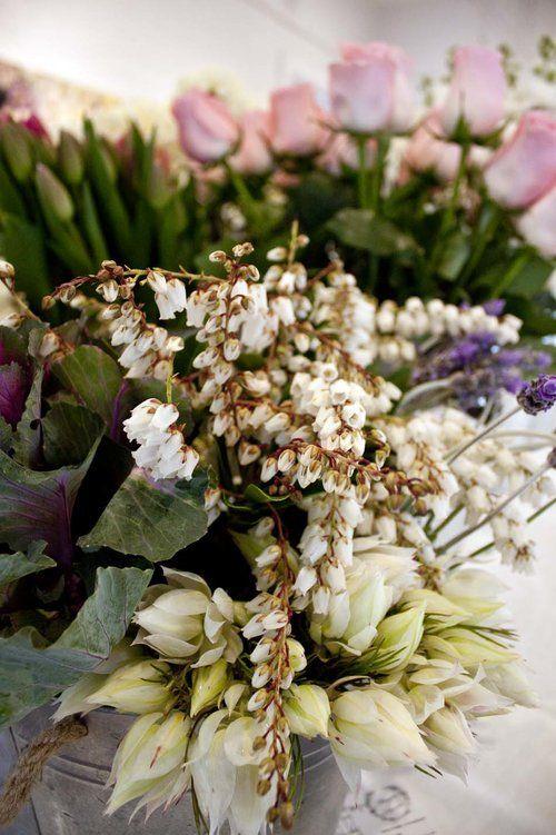 Flower Arranging Workshop Megan Claire Floral Design - The Corner Store Gallery…