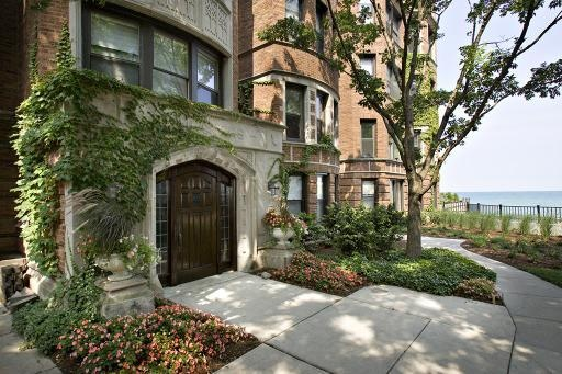 1200 W  Sherwin Ave #3L  , Chicago, Il - $1,550 with 1 Beds  and 1 Baths...