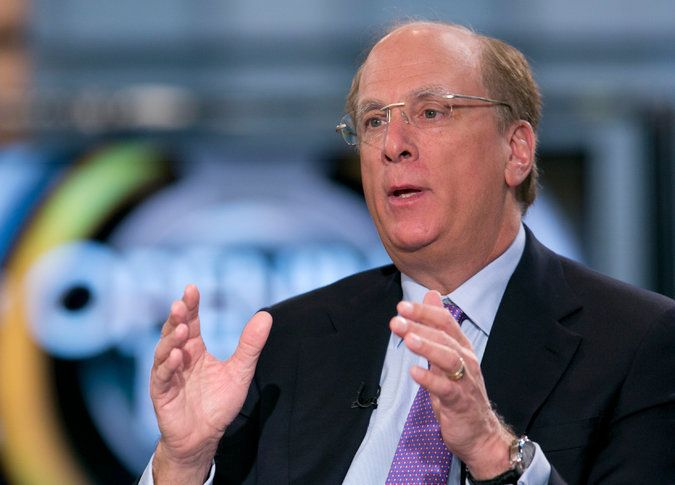 BlackRock's Chief, Laurence Fink, Urges Other C.E.O.s to Stop Being So Nice to Investors - NYTimes.com