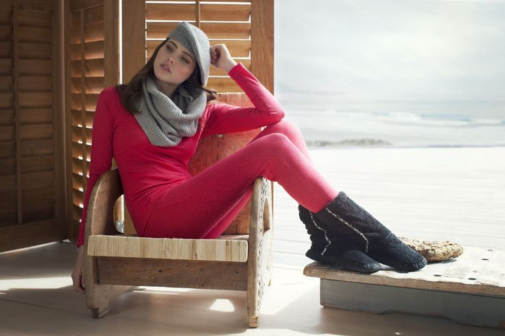 LingaDore Lounge - Onawa (Top long sleeves + Tregging + Fluffy boots) New Autumn | Winter 2014/'15 collection! www.LingaDore.com