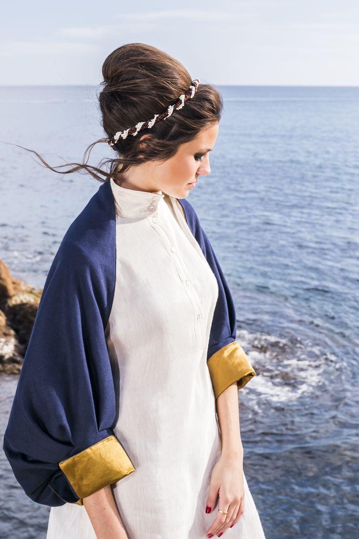 Anat by PURE Green Apparel  Reversible shawl jacket    Model: Laura Paradell  Make-up: Ivet Martí  Hairdressing: Dani Pèrez Salido  Photography: SeRahNuSah Photography
