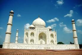 Best Agra Trip in Taj Mahal with your Friends and Family on Fli-ghts