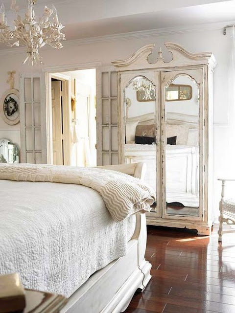 Love everything about this. I've always wanted a white bedroom.