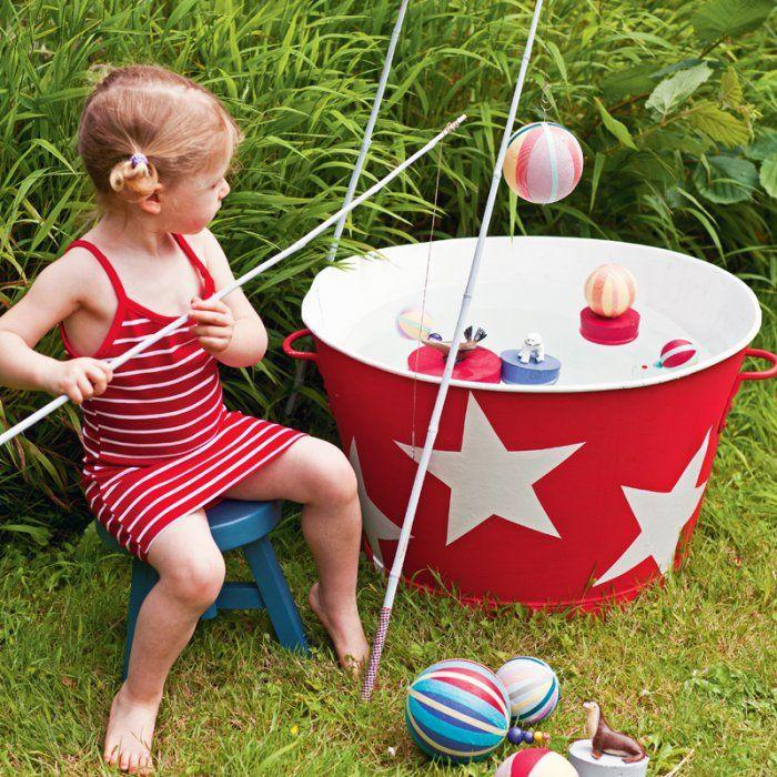 Un jeu de pêche à la ligne pour enfant