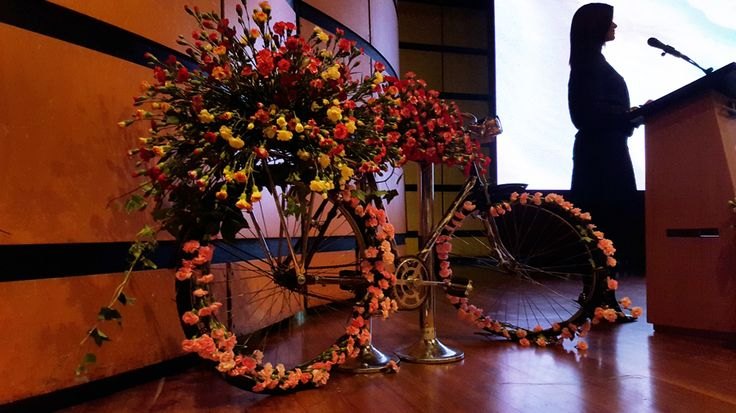At #Proflora2015 we saw so many interesting flower arrangements. This is the best indeed! #Bike #Cycling #Flowers