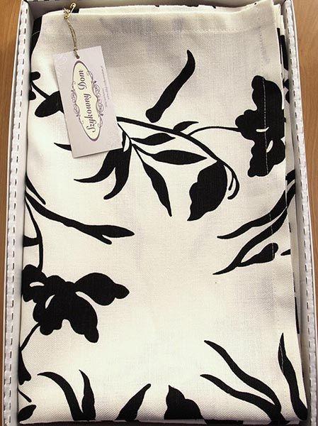 Serweta lniano-bawełniana drukowana w modnej koloryzacji. Do nowoczesnej kuchni lub jadalni.