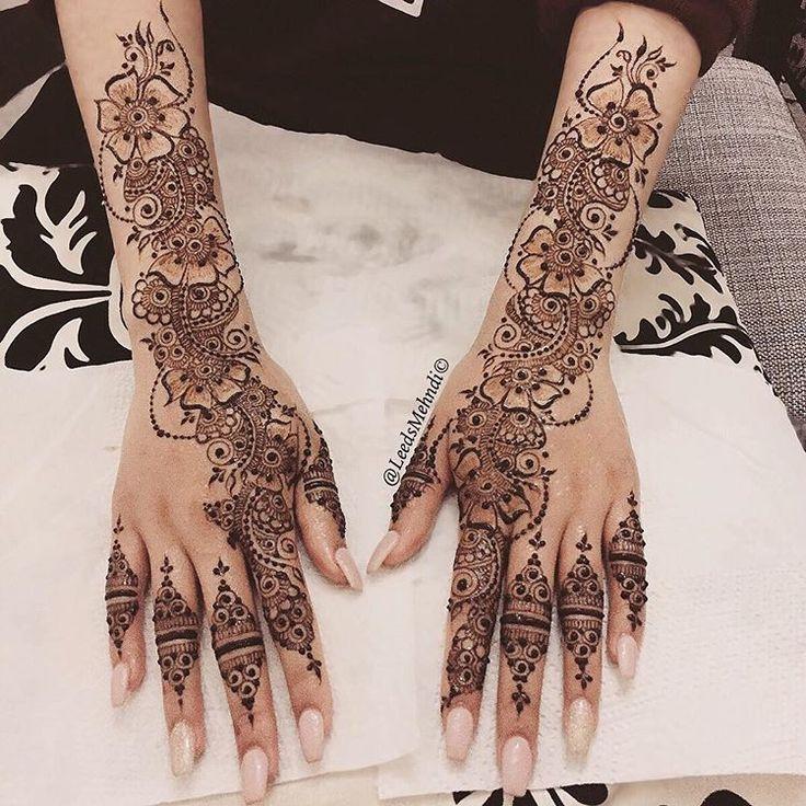 Nikka Mehndi for the lovely and beautiful Iram today 🌸💕 it was nice meeting you! #floral #mandalatattoo #hennastain #henna #love #lace #lacehenna #hennatattoo #hennaartist #hennadesigns #hudabeauty #bridalhenna #hennainspire #dollhousedubai #msirsah #flashtattoo #simpletattoo #temporarytattoo #hennatutorial #arabichenna #arabictattoo #peachymakeup #hennastain #naturalhenna #asianwedding #mandalaart #traditionalhenna #hennatutorial #acrylicnails #peachy