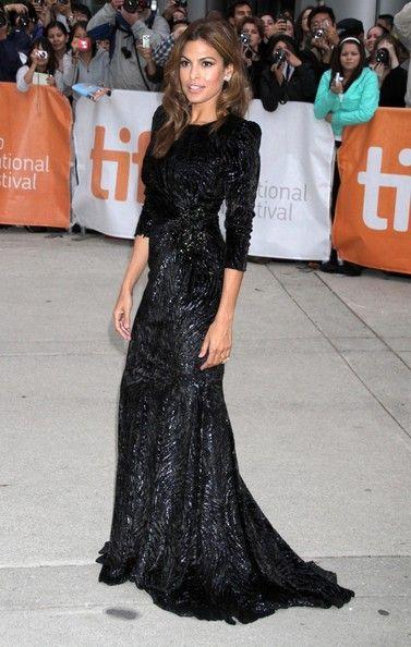 Eva Mendes, black dress $24.99 rayban sunglasses http://www.okglassesvips.com
