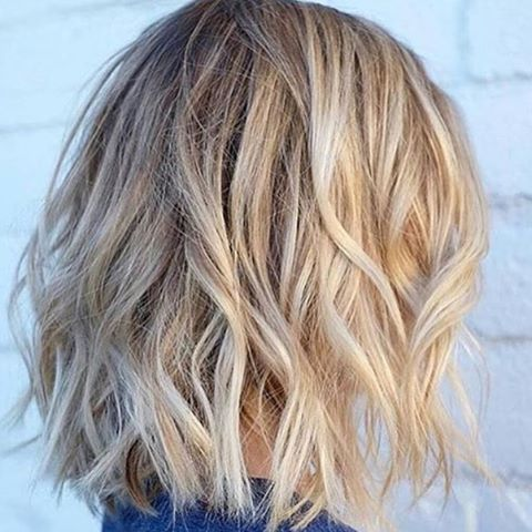 Hair inspiration. Great style and colour.  #blonde #bobhaircut #beautifulhair #hairstyles #hairinspo #beauty #hairandmakeup #style