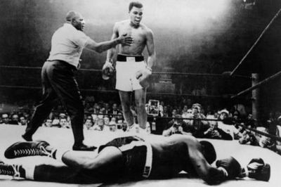 the king in the ringBoxes Th Sweets, Muhammad Ali, Sports Posters, Interesting People, Nice People, Rings, Boxes Ali, The Omens