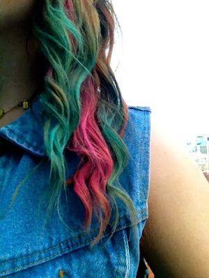 Diy-hair-dye-diy-hair-styles-how-to-chalk-hair-dye-chalking-hair-how-to-4_large