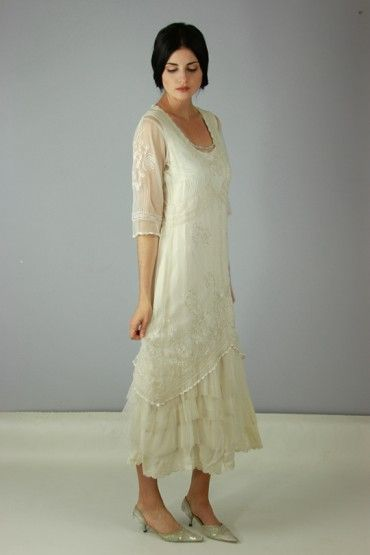 How do you like this color? A truly special nataya dress. This nataya dress is an alternative titanic Dress. http://www.natayadresses.com/en/128-nataya-titanic-dress-al-2101.html