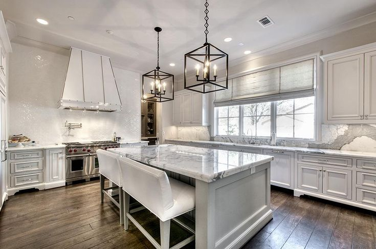 Kitchen Features Calacutta Regio Marble Countertops W