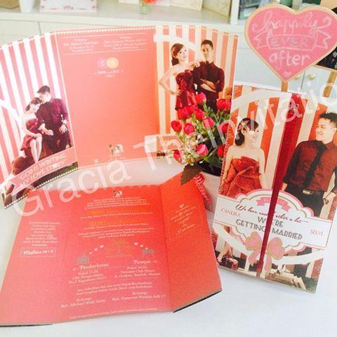 Pink Soft cover Romantic Invitation #wedding #pernikahan #couple #photo #party #undangan #colourfull #elegant #modern #invitation #unique #murah #love #engagement  Undangan Pernikahan Pink Soft Cover