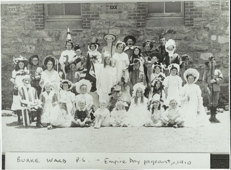 Empire Day pageant, 1910 at Bourke Ward Public School, NSW ...