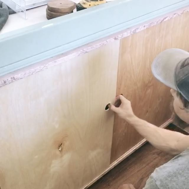 Installing some of the last pieces of wood going in the airstream - this custom slide was a lot of fun to make - I used oak for the rails/frame then 1/4 inch birch and oak plywood for the doors - super light /super tight 👌🏻🛠🤖  .  .  .  .  .  .  #airstream #airstreamclassics #airstreamrenovation #renovation #tinyhome #tinyhomeonwheels #tinyhouse #1967 #overlander #woodwork #woodworking #woodwork_feature #oak #cabinetry  #reclaimedwood #carpentry #carpenter #diy #remodel #reclaimedlumber
