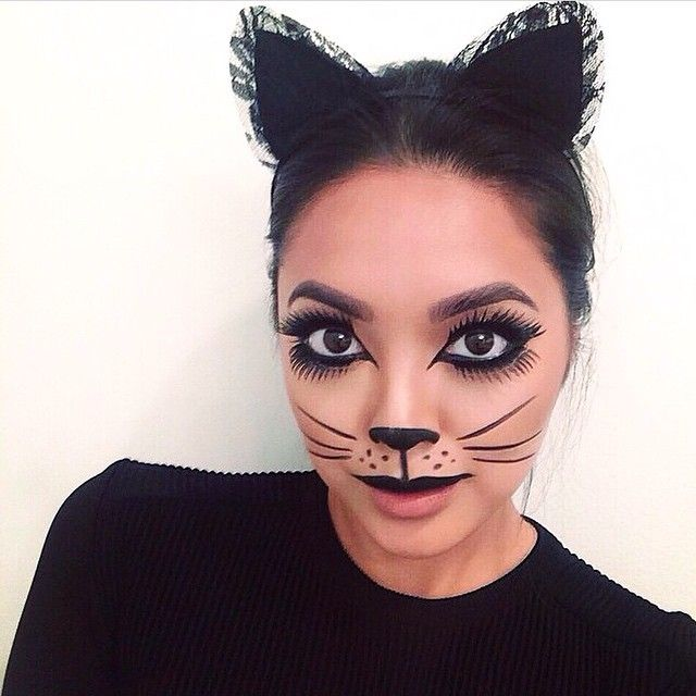Celebrity makeup artist @jademunster created this Purrrfectly Chic Cat inspired makeup look featuring @frightnightglam 'Dark Maiden' Lash Duo Kit.  Head over to @frightnightglam for more Halloween inspired makeup looks and how-to pictorials!  Fright Night Cosmetics is available at @walmart @walgreens @ultabeauty @riteaid CVS and other fine beauty retailers.