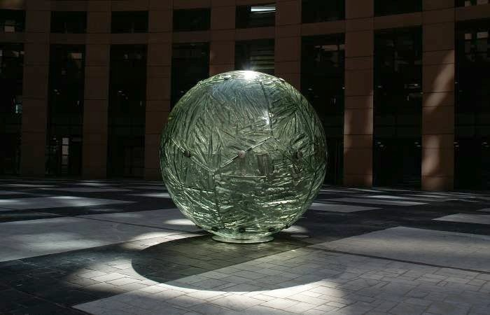 The United Earth at European Parliament building in Strasbourg, France by Archiglass, Tomasz Urbanowicz  http://www.archiglass.com.pl/
