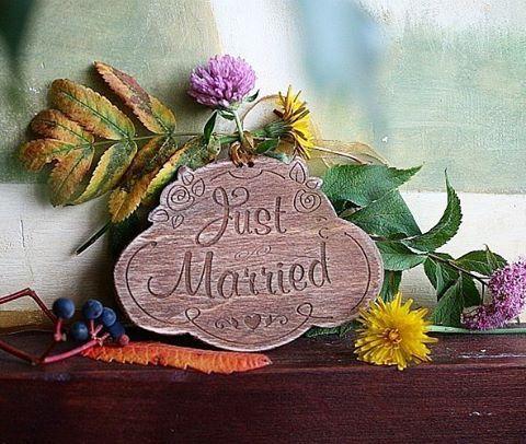 Для тех , у кого будет свадьба или гостей, для фотографов и ведущих - оригинальный декор , именной, для фото- и просто на память)), это ещё не всё). Обращайтесь за красивыми идеями и исполнением, может у вас есть свои  сумасшедшие идеи))? #свадьба#свадебныйдекор#свдебныйфотограф#декор#реквизит#ведущийнасвадьбу#фотограф#семья#невеста #жених#wedding #groom#bride#happyday#justmarried#moscow#minsk#brest http://gelinshop.com/ipost/1522803757351734969/?code=BUiFfL7lI65