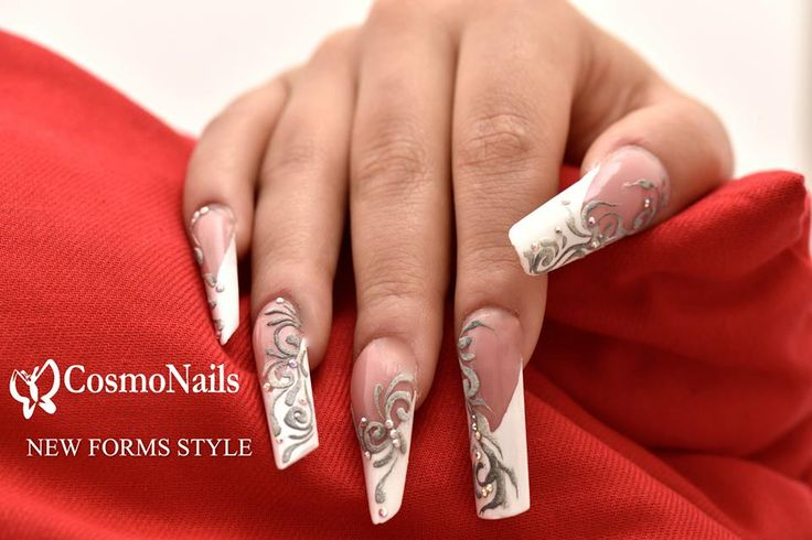 Cosmonails  New Forms Style  Lavoro effettuato dalla nostra master trainer .: Rachele Esposito L'arte di essere elegante !!!!!!!!!!!!! Cosmonails la differenza!!!!!!!!!!! #lovenails#lesnouvellesesthetiques