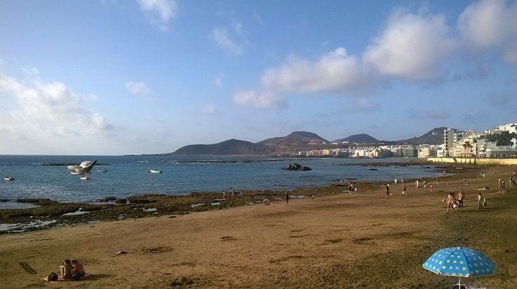 La foto del sábado 12 de junio 2014, un día maravilloso, con la formación en un sitio estupendo (playa de las Canteras, Las Palmas) con gente extraordinarias, gracias a todos, gracias a Unetenet