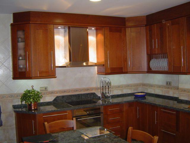 M s de 25 ideas fant sticas sobre cocinas de madera de - Cocinas color roble ...