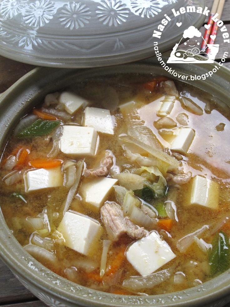 Tonjiru (Japanese Pork Miso Soup) - Nasi Lemak Lover