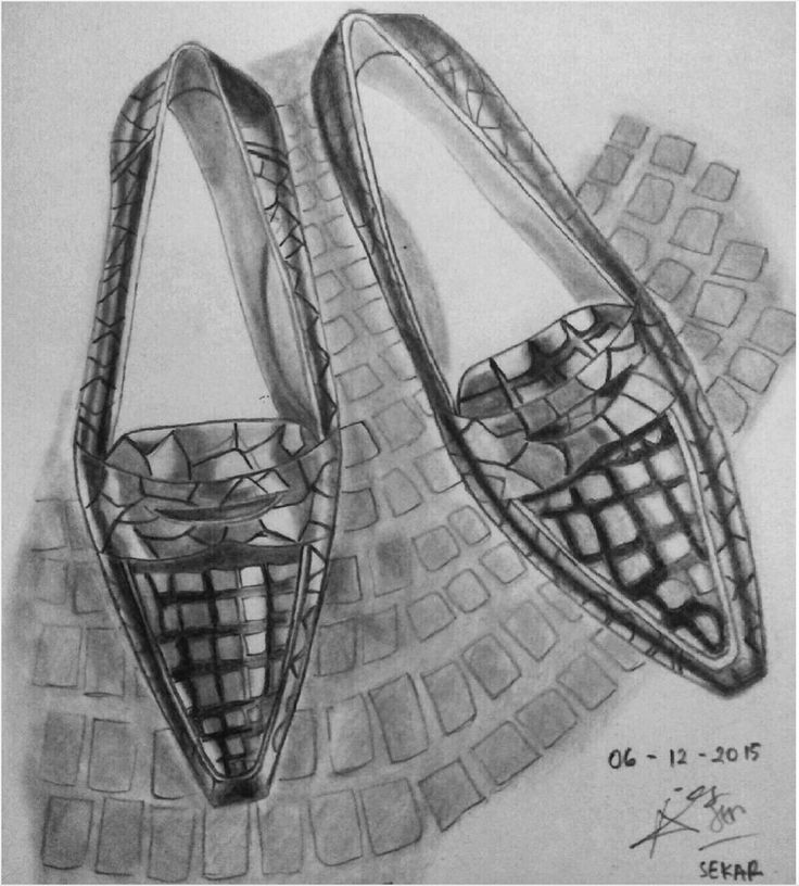 It's #tuesdayshoesday! We have a Special Course in Shoe Design, did you know? (Work by fashion student Sekar)