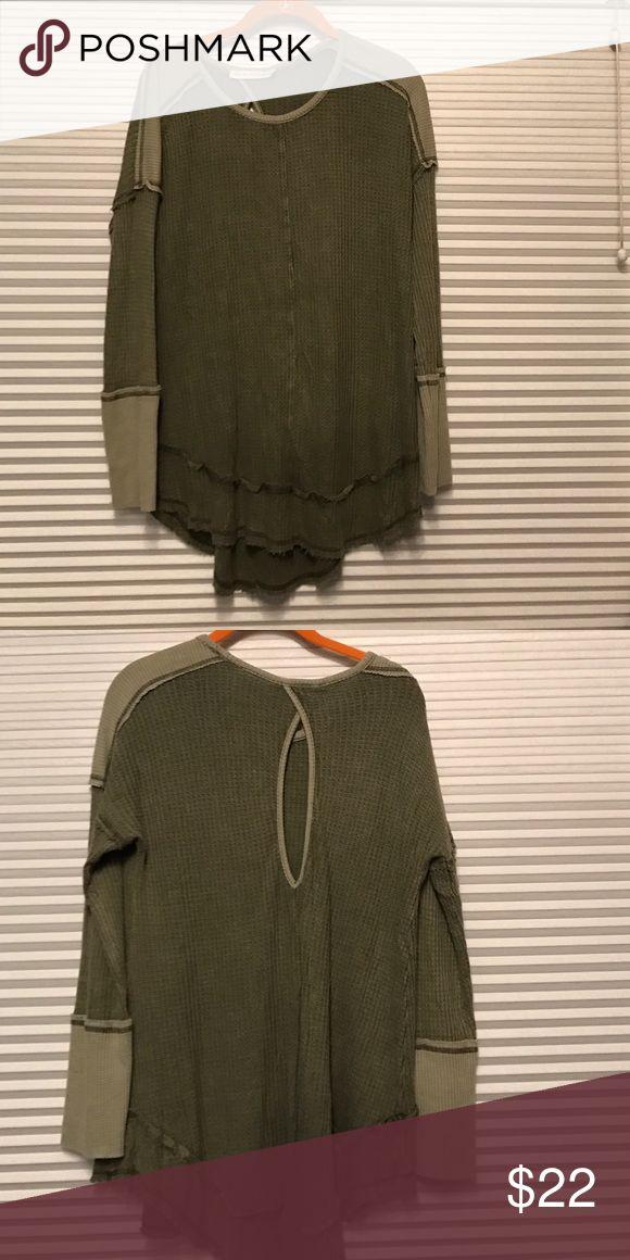 Paper crane waffle shirt NWOT. Paper crane waffle shirt with keyhole back. Paper Crane Tops Tees - Long Sleeve