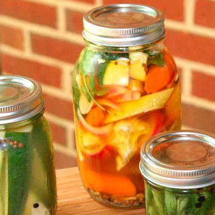 o receitário: legumes em conserva
