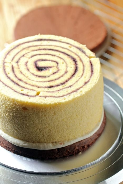 masam manis: CHOCOLATE BLUBERRY ROULADE TORTE