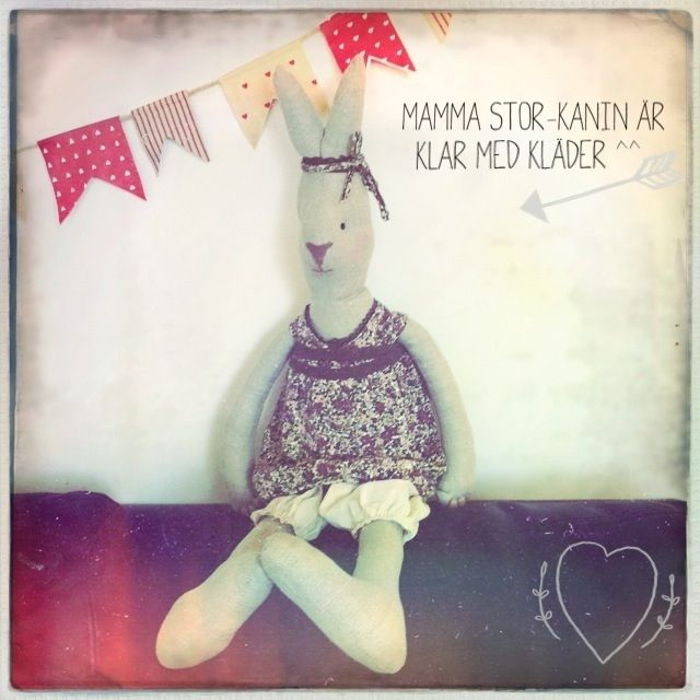 My own hand sewn bunny in maileg style. This one is large and I've used linen fabric for the body.