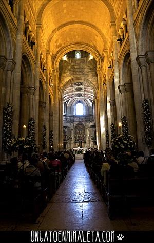 Lisboa en 2 dias | Catedral Se | via: http://ungatoenmimaleta.com/lisboa-en-2-dias-dia-1/