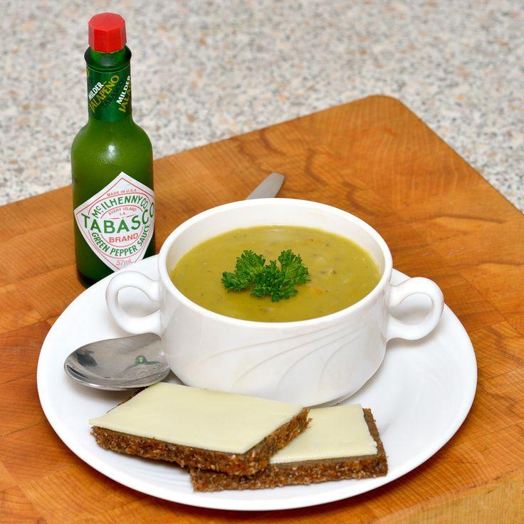 Erwtensoep recept om deze gezonde maaltijdsoep binnen anderhalf uur geurig en vers op tafel te zetten. Kook je mee?