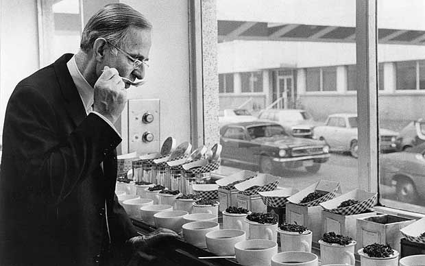 Noble Fleming, who has died aged 92, did for Lipton Tea what a wine taster   does for a wine merchant, helping to establish the Thomas J Lipton Company   as the world's biggest tea company.