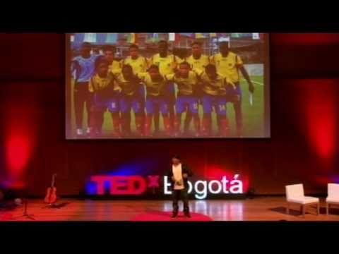 (464) TEDxBogotá - Henry Arteaga - Combatiendo la violencia con arte y hip hop - YouTube