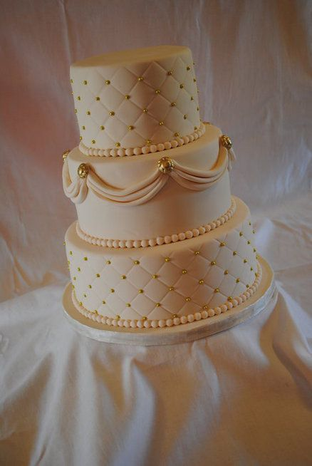 50th wedding cake images best 20 golden anniversary cake ideas on 50th 10440